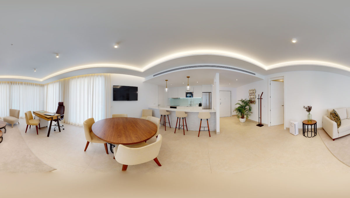 360-view-Luxury-Apartment-In-Fuengirola