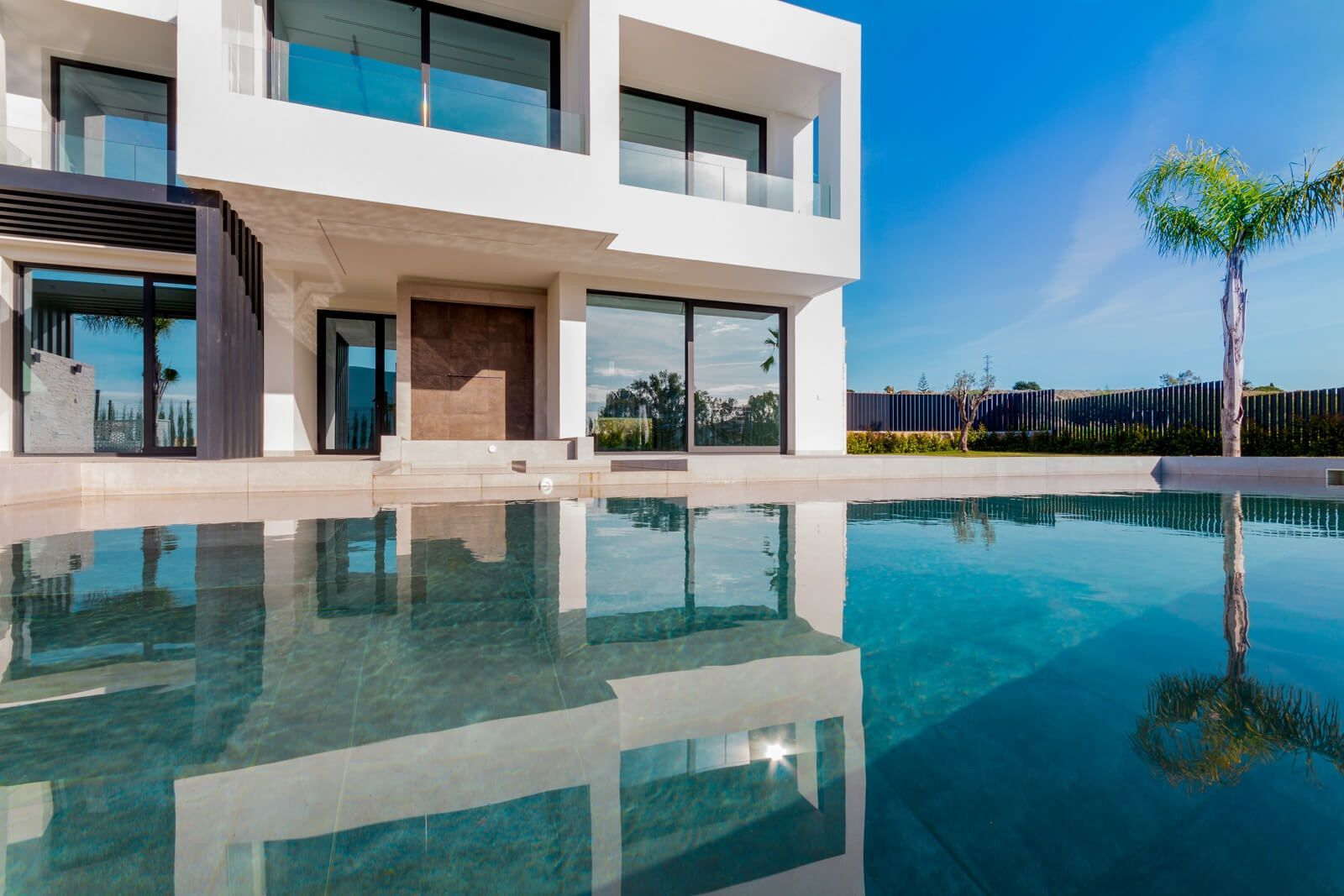 Luxury villas for sale in Estepona, Marbella, Costa del Sol.