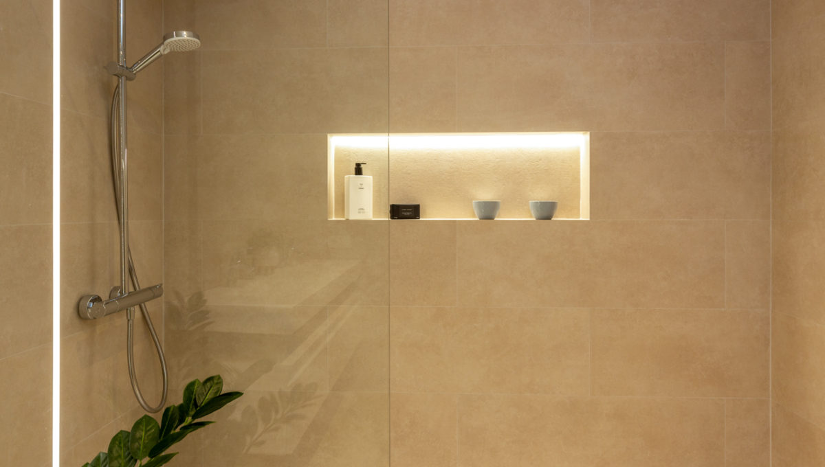 bathroom-properties-for-sale-fuengirola