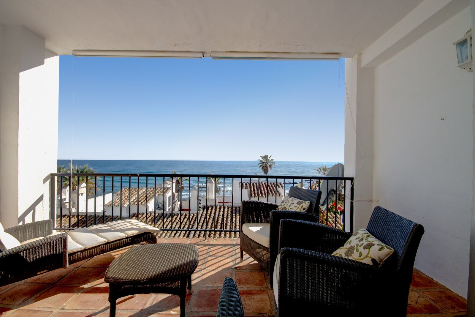 2-bedroom flat with sea view in Mijas Costa