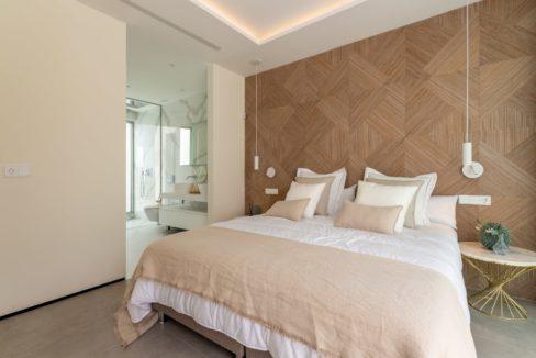 design-bedroom-in-luxury-house-for-sale-in-mijas-costa
