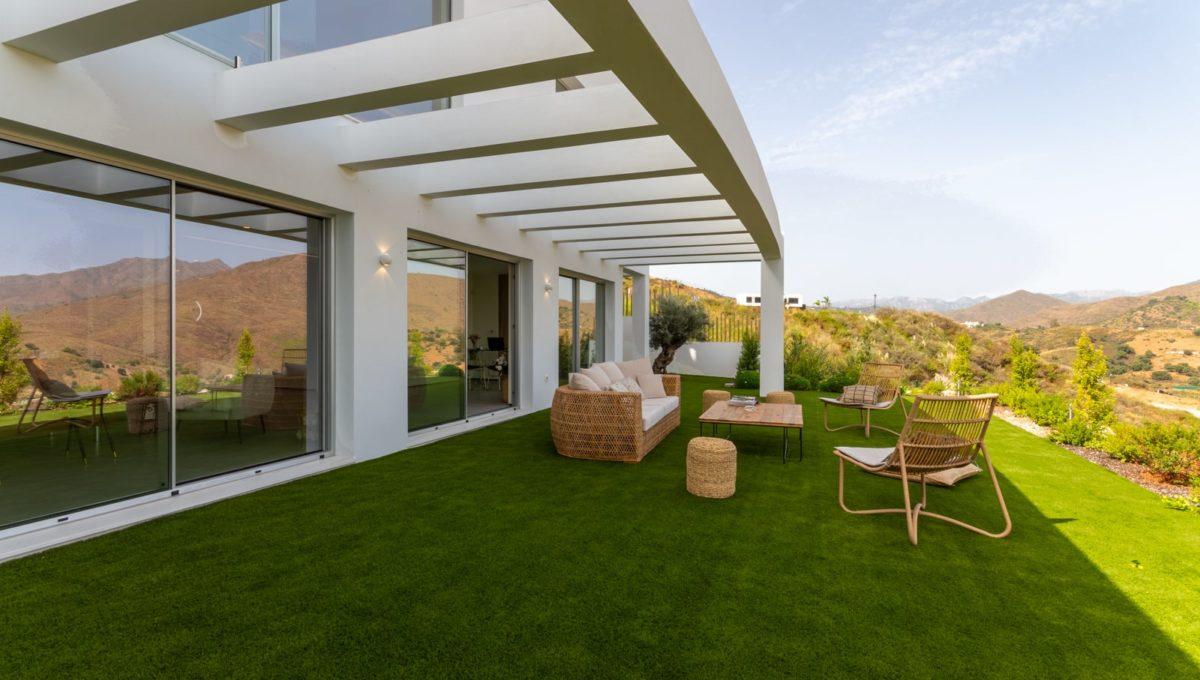 garden-luxury-house-for-sale-in-mijas-costa