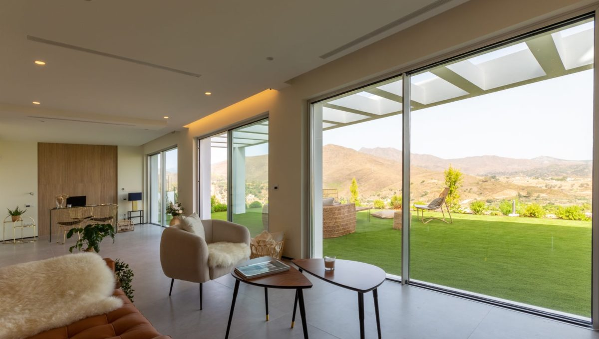 living-room-luxury-house-for-sale-in-mijas-costa