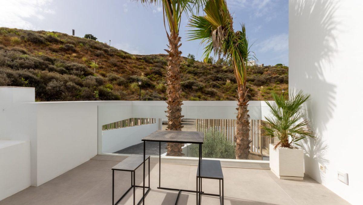 terrace-in-luxury-house-for-sale-in-mijas-costa