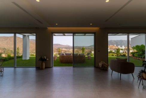 view-over-the-garden-house-in-mijas-costa