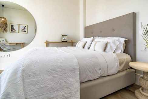 bedroom-in-luxury-house-for-rent-marbella