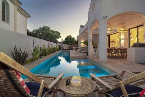 swimming-pool-luxury-house-for-rent-in-marbella