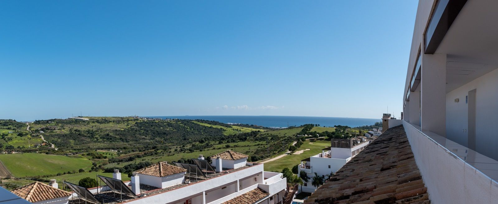 Holiday penthouses investment in Estepona