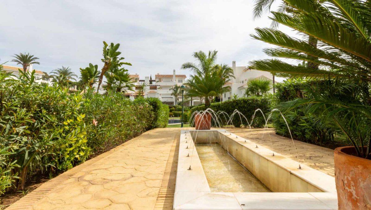 fuentes-zona-comunitaria-monteros-marbella-2081