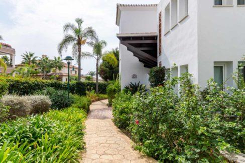 jardines-comunitarios-monteros-marbella-2081