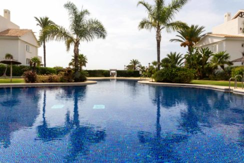 piscina-comunitaria-monteros-marbella-2081