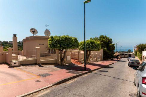 vista-calle-apartamento-cerrado-calderon-malaga-2117