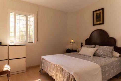 dormitorio-piso-cerrado-calderon-malaga-2117