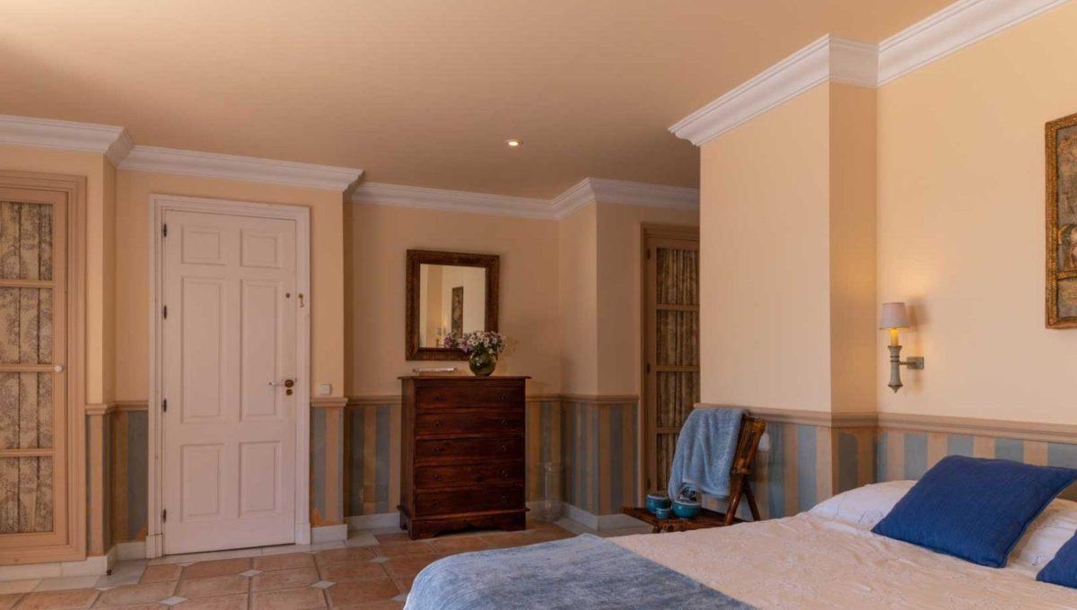 dormitorio-villa-lujo-venta-guadalmina-marbella-2116