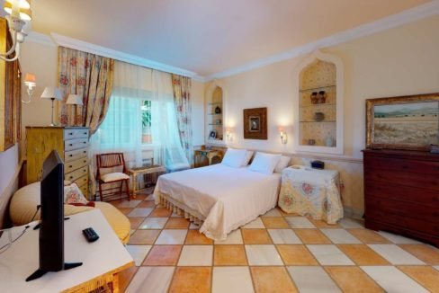 dormitorio-villa-lujo-venta-marbella-2116