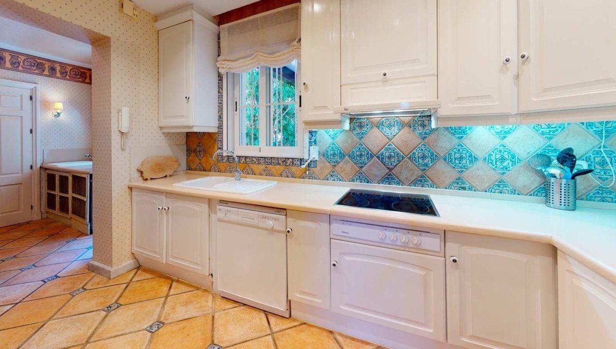 cocina-villa-lujo-venta-guadalmina-marbella-2116